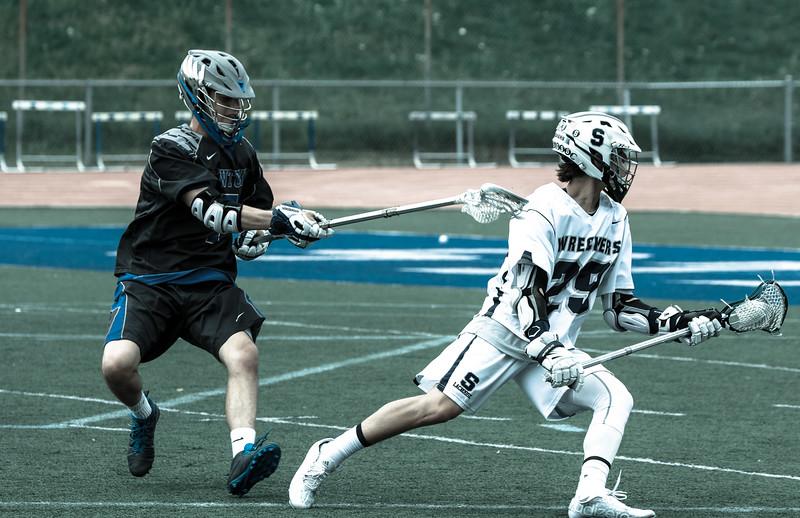 Staples Varsity vs Newtown-34.jpg