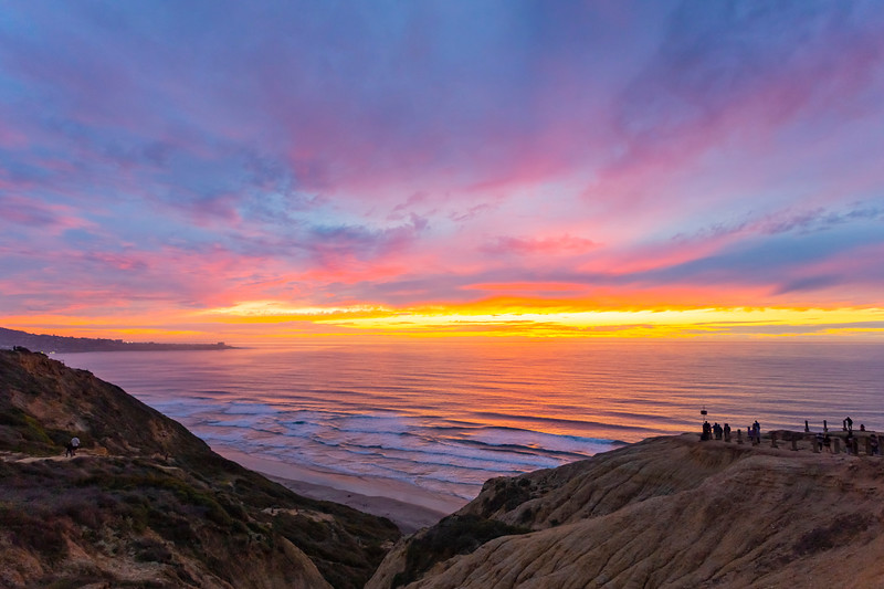 Tonight's colorful sunset at the Torrey Pines Gliderport.  Later phase.