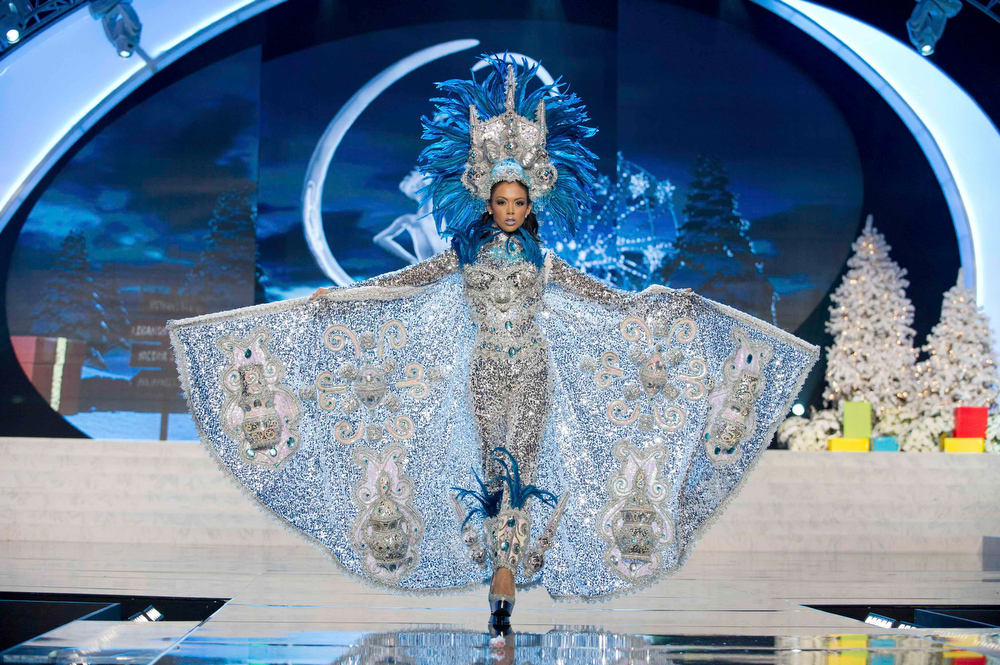Description of . Miss Nicaragua Farah Eslaquit Cano performs onstage at the 2012 Miss Universe National Costume Show at PH Live in Las Vegas, Nevada December 14, 2012. The 89 Miss Universe Contestants will compete for the Diamond Nexus Crown on December 19, 2012. REUTERS/Darren Decker/Miss Universe Organization/Handout