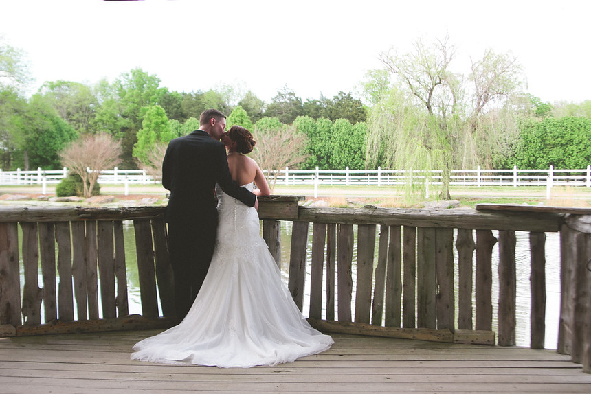 bride and groom at legacy farms in nashville