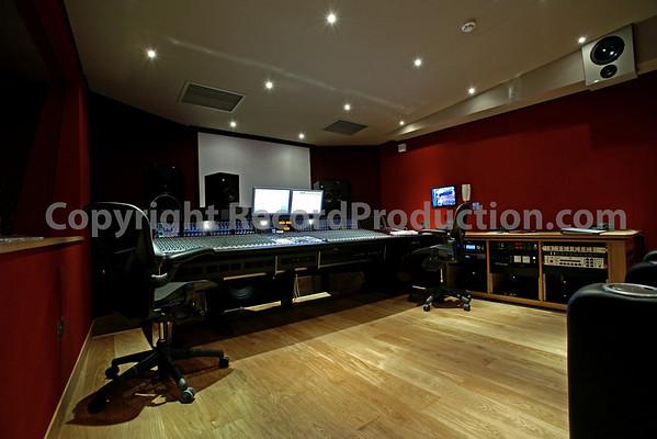 Modern World Studios