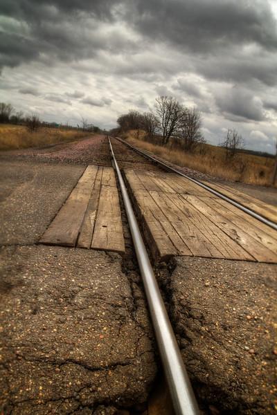 Tracks_tonemapped.jpg