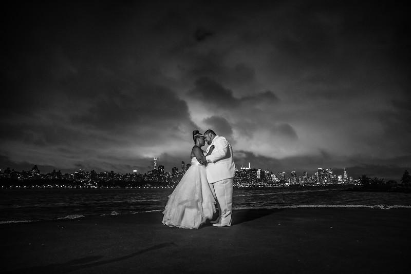 MER__1226_tonya_josh_new jerrsey wedding photography.jpg