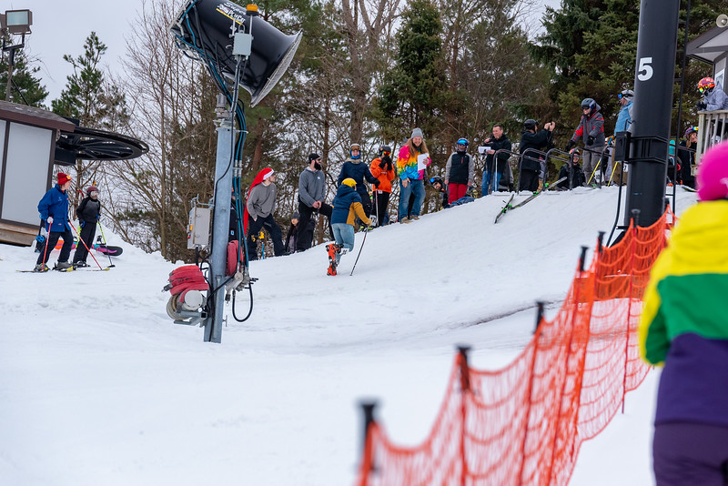 Carnival-Saturday_58th-2019_Snow-Trails-75484.jpg
