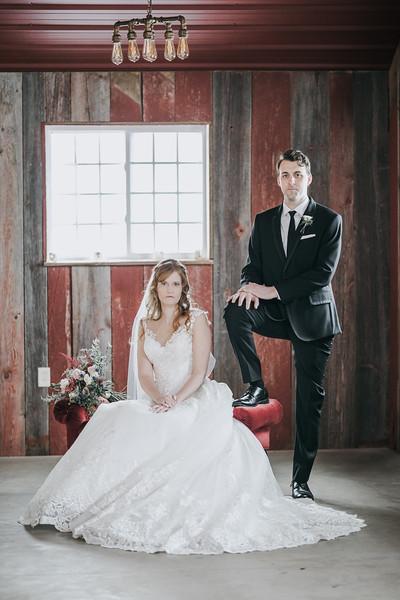 Logan_Sarah_Wedding_Rock_Ridge_Orchard_LLC_Edgar_Wisconsin_November_10_2018-119.jpg