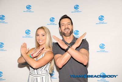 062318 Photo Op - Tony Horton