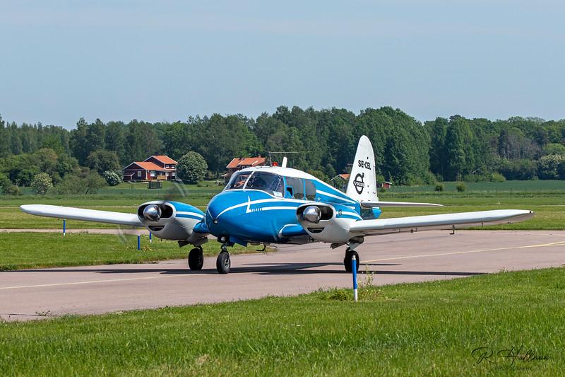 Piper PA-23-150 Apache