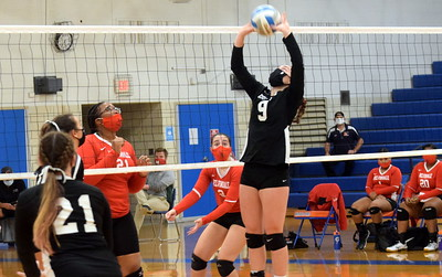 HS Sports - Edsel Ford vs. Melvindale Volleyball