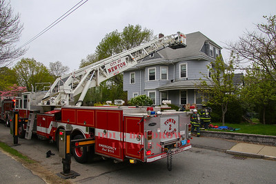 Newton, MA - Working Fire, 37 Parsons Road, 5-1-17