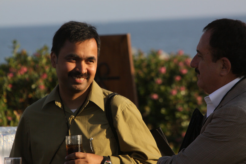 Chetan Sharma (L), President, Chetan Sharma Consulting; and Sol Trujillo, past CEO, Telstra