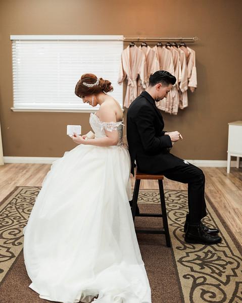 Alexandria Vail Photography Wedgewood Fresno Wedding Alexis   Dezmen228.jpg