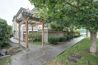 10549 Stone Ave N #103, Seattle