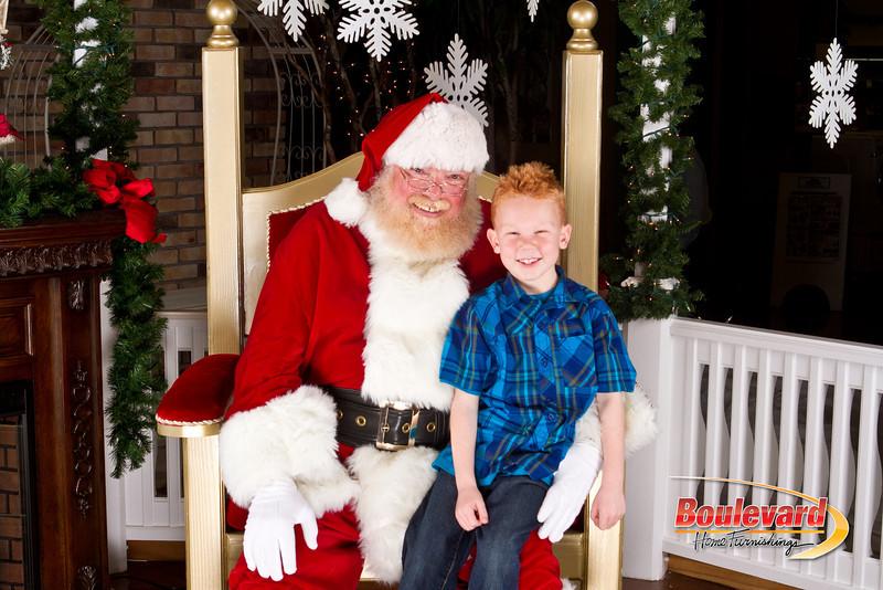 Santa Dec 8-275.jpg
