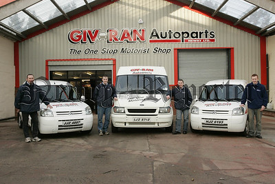 Mark McConville, Nathan Travers, Martin McGivern and Ciaran Mathers from Giv Ran Autoparts. 07W4N9