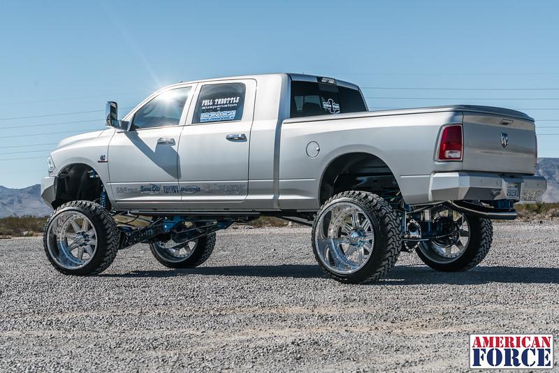 Ridin'-High-Silver-Dodge-Ram-161105-DSC02847-57.jpg