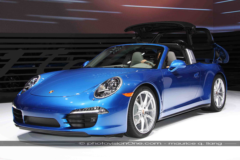 Now the Targa roof folds automatically!