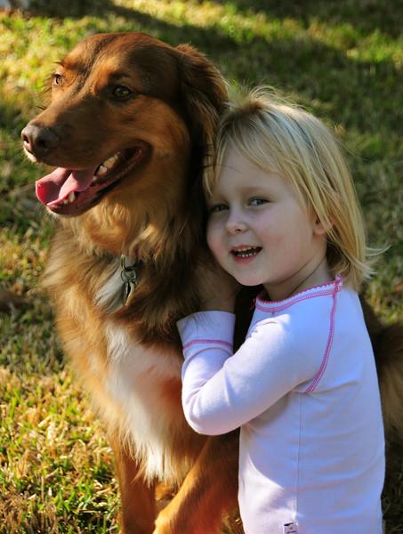 8/365 Best friends. Naboens hund, Harley.