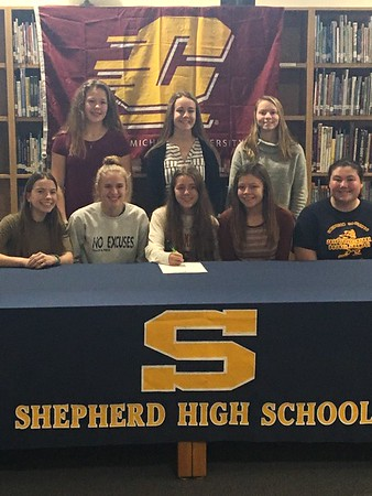 Shepherd's Hegenauer signs with CMU