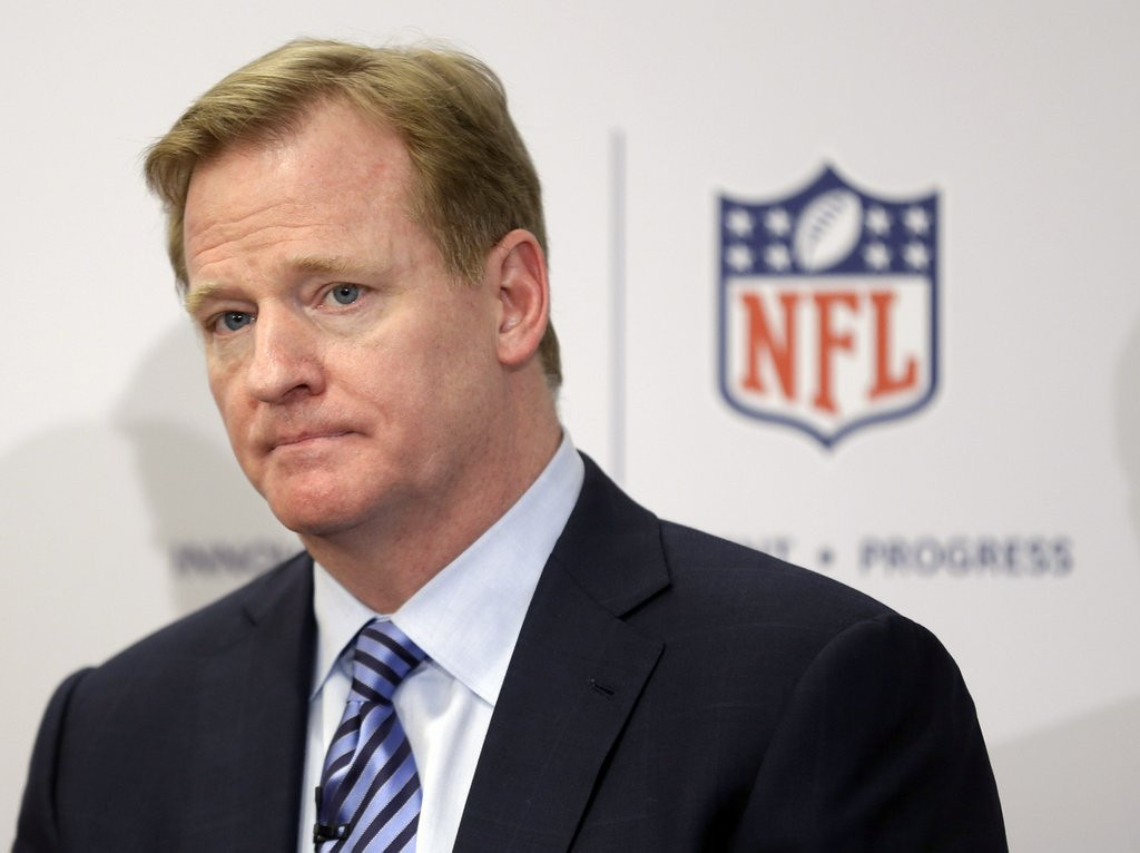 ". <p><b> NFL Commissioner Roger Goodell has made it clear that he is interested in getting these out of the league forever � </b> <p> A. Extra-point kicks <p> B. Two-point conversions <p> C. Advocates for same-sex marriage <p><b><a href=\'http://www.nytimes.com/2014/01/22/sports/football/nfl-roundup.html?_r=0\' target=""_blank\"">HUH?</a></b> <p>   (AP Photo/Seth Wenig, File)"