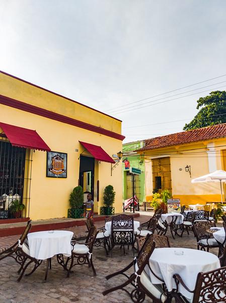 camaguey restaurante 1800-2.jpg