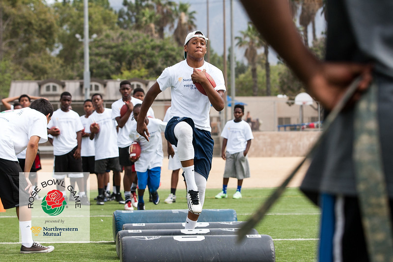 2015 Rosebowl Youth Football Clinic_0708.jpg