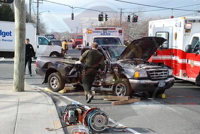 Farmingdale F.D. MVA Main St. and Fulton St. 1/4/08