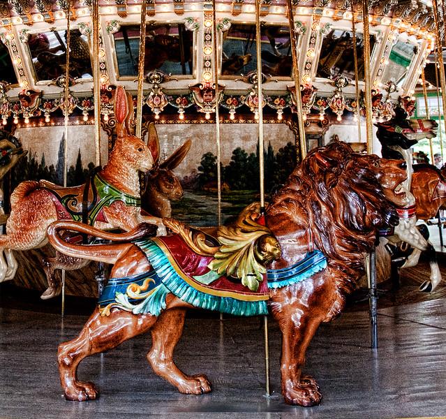 carousel lion 4 4257.jpg