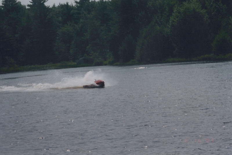 2003_August_Jet-Skis_0010.jpg