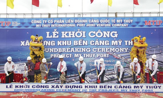Construction of My Thuy Seaport kicked off