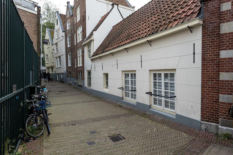 Quaint Alleyway