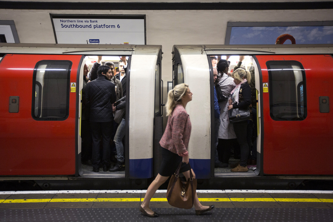 . Commuters travel on the Northern Line of the London Underground which is running a limited service due to industrial action on April 29, 2014 in London, England. At 9pm last night members of the Rail, Maritime and Transport (RMT) Union commenced a 48 hour strike on the London Underground over plans to close all ticket offices with the loss of nearly 1000 jobs.  (Photo by Oli Scarff/Getty Images)
