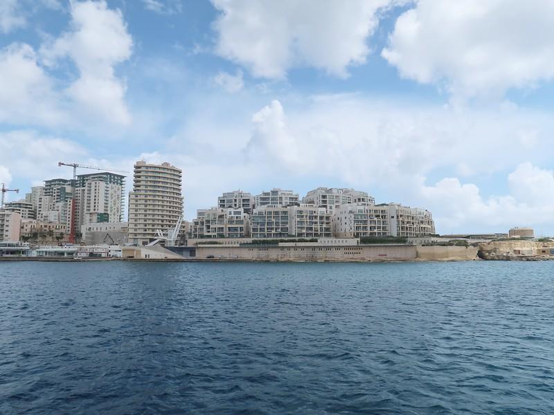 IMG_7339-luxury-apartments.jpg