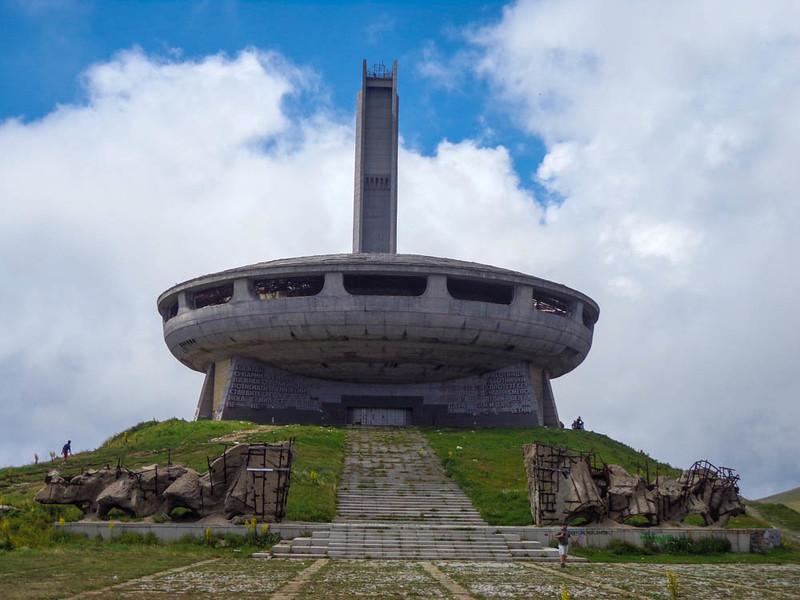 buzludzha monument bulgaria