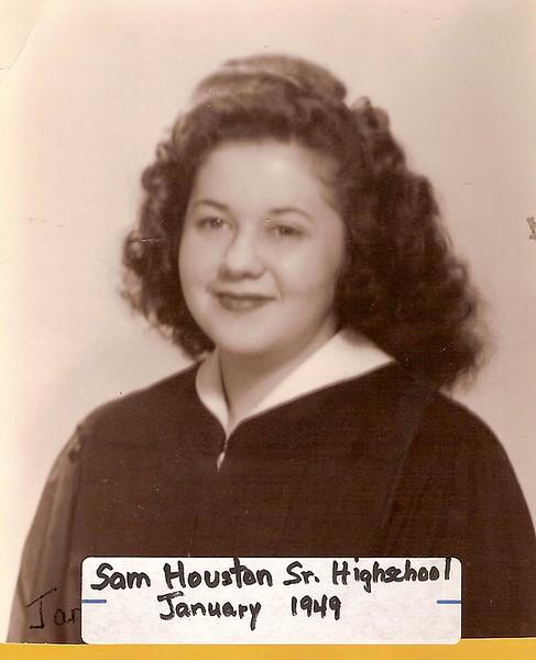 Graduation Jan 1949.jpg