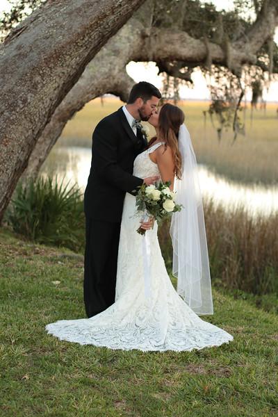 Elegant-Southern-Coastal-Wedding-Neutral-And-White-Details-Photography-By-Laina-Dade-City-Tampa-Area-Wedding-Photographer-Laina-Stafford--41.jpg