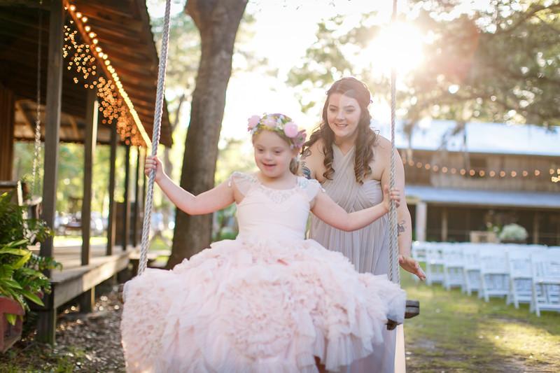 CAP2017-MadisonKyle-WEDDING-Giselle-TuckersFarmhouse-1026.jpg