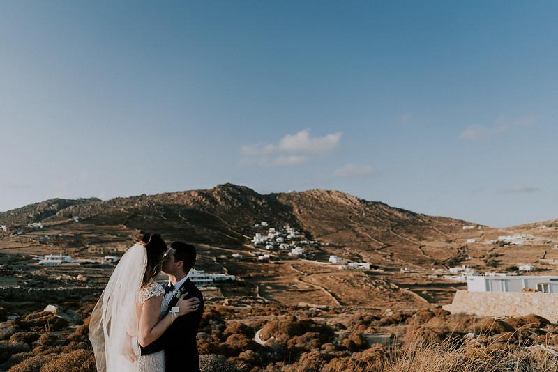 Tu-Nguyen-Destination-Wedding-Photographer-Mykonos-Katherine-Benji-384.jpg