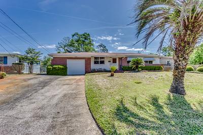 7415 Hennessy Rd, Jacksonville, FL 32244