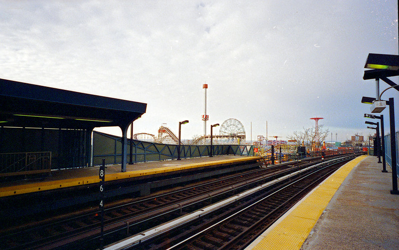 Coney-Island-Lomo030