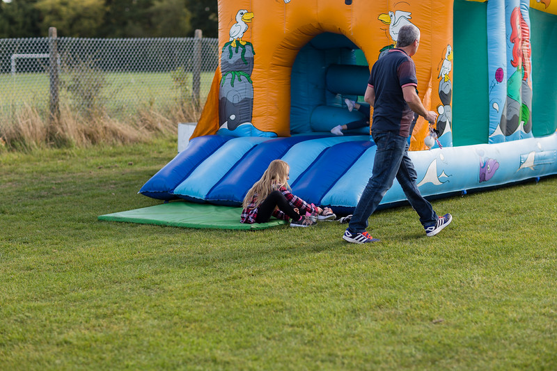 bensavellphotography_lloyds_clinical_homecare_family_fun_day_event_photography (3 of 405).jpg