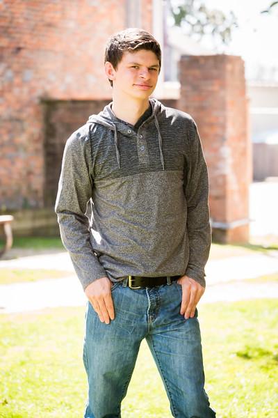 Taden Senior (51 of 33).jpg