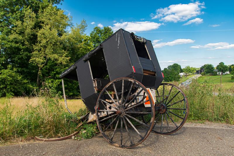 Abandonded-Amish-Buggy-Wilmot-OH-.jpg