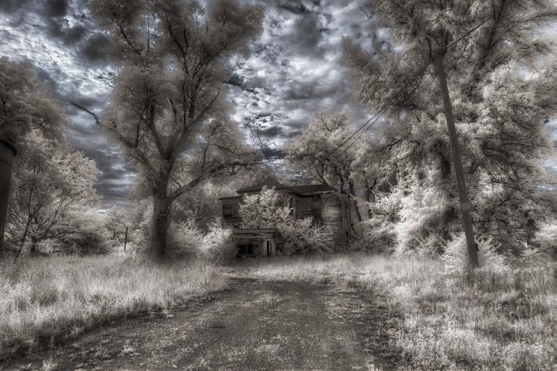 IL Spooky House Infra.jpg