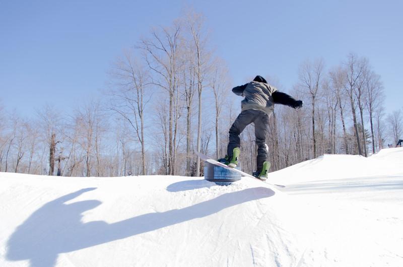 Snow-Trails-Rail-Jam-8092.jpg