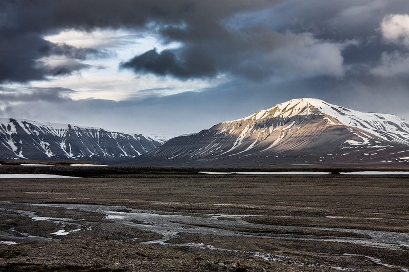 Majestic clouds over Arctic Mountains-18.jpg