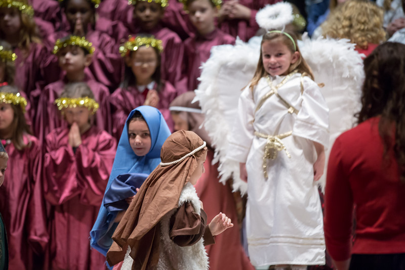 1st grade Christmas program (3 of 49).jpg