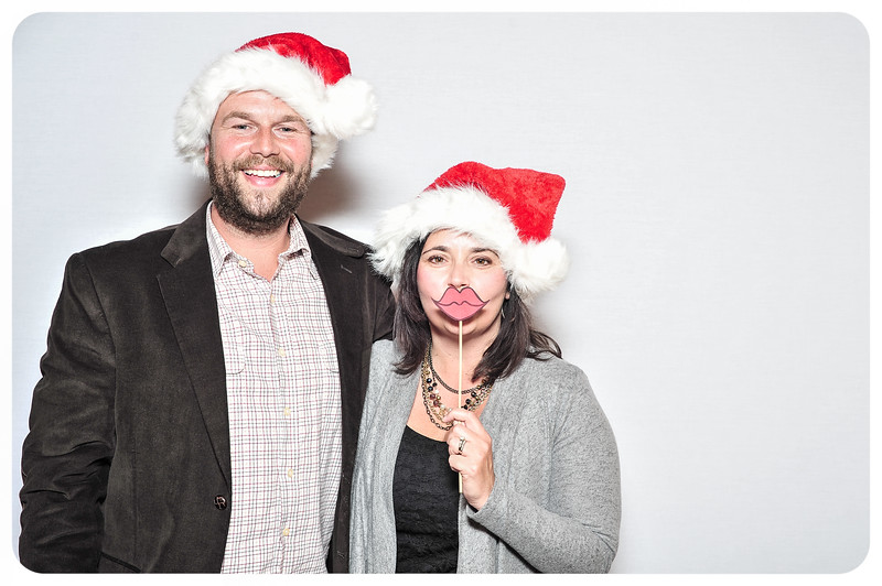 WDTN-TV-Holiday-Photobooth-30.jpg
