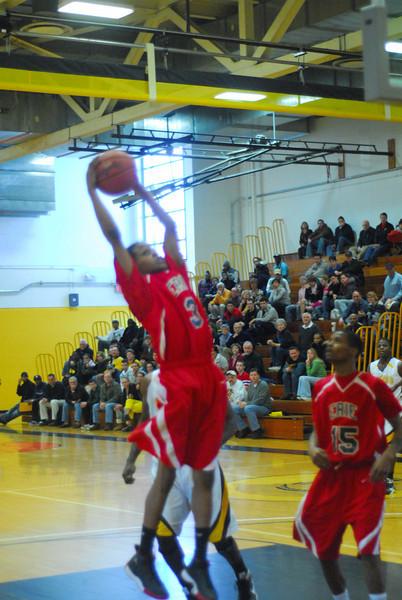20090301_MCC Basketball_5563.JPG