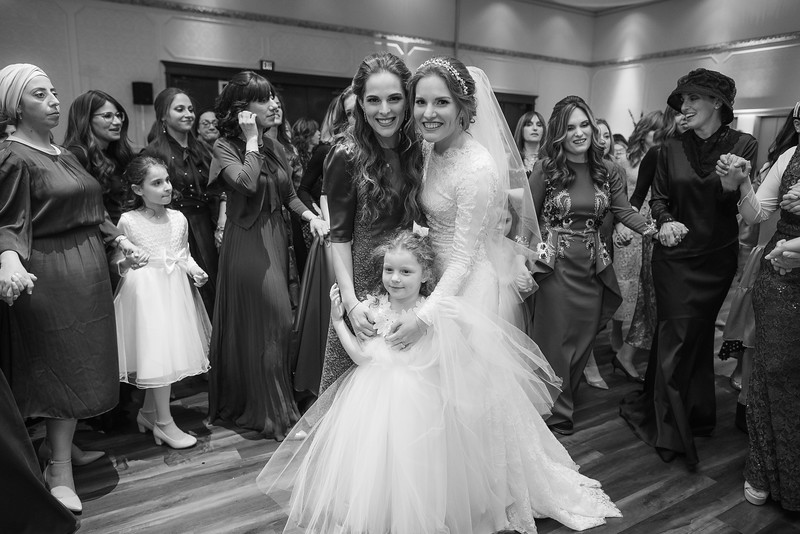 Miri_Chayim_Wedding_BW-704.jpg