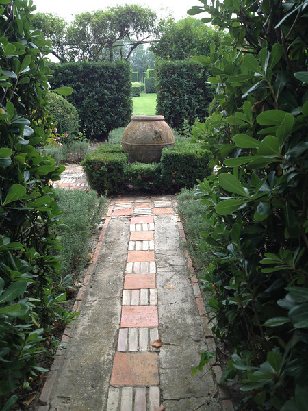 The gardens beckon. The French love to make patterned paths.